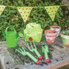Bigjigs katicás kerti táska szerszámokkal, locsolókannával